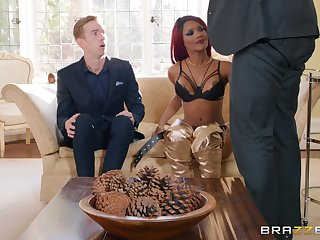 redhead chick Kiki Minaj gets fucked by hard cock while she moans