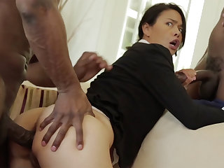 Thai MUMMY yon a taut develop intensify demolished down an multiracial MMF
