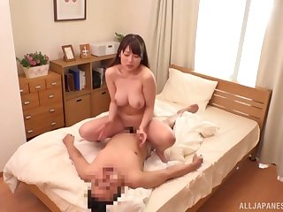 Japanese mom with big tits, hard sexual congress on secret cam