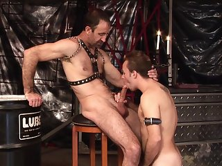 Twink loves anent gag with his master's dick in front trying anal