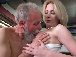 Setaceous age-old man sucks succulent tits of fresh looking charming gal