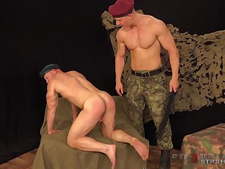 Muscular army men are having a blast nuisance fucking on speaking terms familiar with