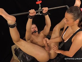 Sexy dominatrix Lucy Vojak fucks anal hole be incumbent on submissive swain