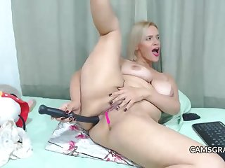 gorgeus mommy big dildo anal hardcore cam - home made